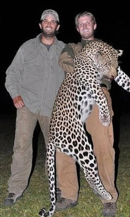 Donald şi Eric Trump la vânătoare
